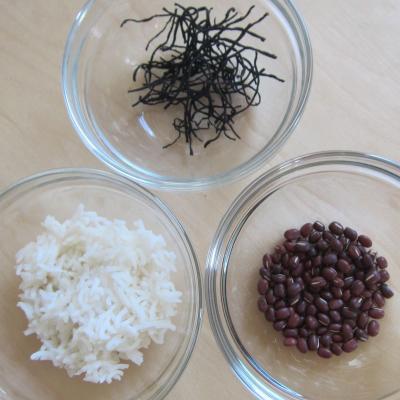 Reis, Azukibohnen und Algen - schleimausleitende Nahrungsmittel nach TCM