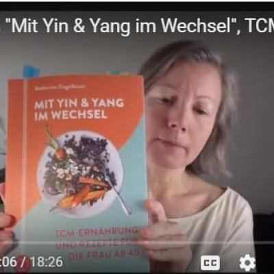 Ausschnitt aus dem Video mit der Lesung von Katharina aus ihrem neuen Buch zu den Wechseljahren nach TCM